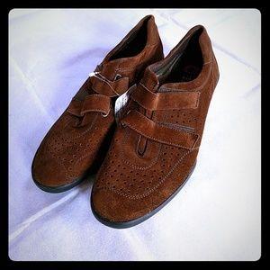 Stuart Weitzman Brown Leather Shoes
